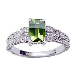 Ladies Barrel Cut Peridot & Diamond Ring