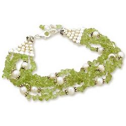Lime Streamers Pearl and Peridot Beaded Bracelet