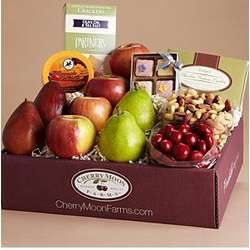 Fruit and Snack Treasures Gift Box