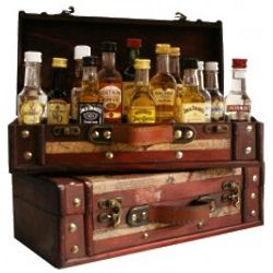 World of Mini Bar Bottles Chest