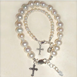 Mother and Me Cross Bracelet Set