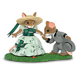 Charming Tails Gone With the Wind Figurine