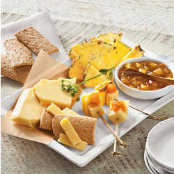 Pineapple and SeaHive Cheese Snack Set