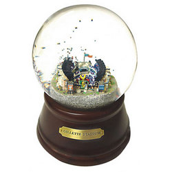 Patriot's Gillette Stadium Musical Water Globe