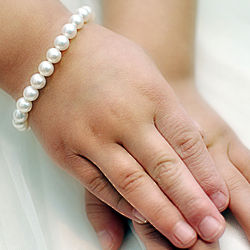 Classic Beauty Grow with Me Pearl Bracelet