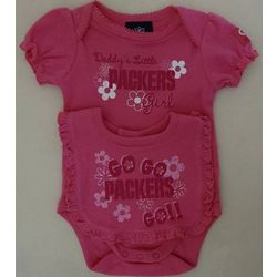 Packers Newborn Pink Bodysuit and Bib