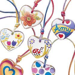 6 Children's Heart Pendant Decorating Kit