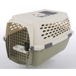 Small Pet Kennel Cab