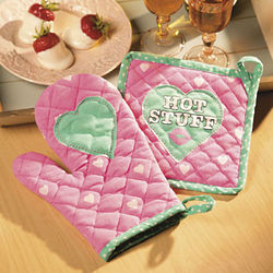 Valentine Oven Mitt and Hot Pad Set