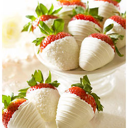 Bridal Bliss Chocolate Dipped Strawberries