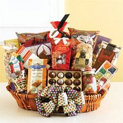 Grand Adventure California Snacks and Sweets Gift Basket