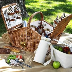 London Picnic Basket for Four with Coffee Set and Blanket