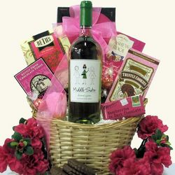 Middle Sister Wine Gift Basket