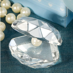 Choice Crystal Clamshell Favor
