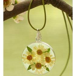 Fresh Daisy Circle Necklace on Leather Cord