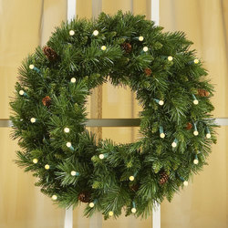 "24"" Cordless LED Pre-Lit Christmas Wreath"