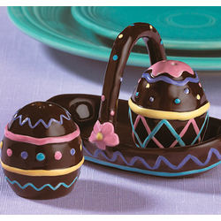 Egg Salt and Pepper Shaker Set