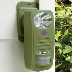 Motion-Sensored Deerchaser with Adjustable Sound And Light