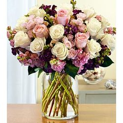 Lavish Roses Bouquet