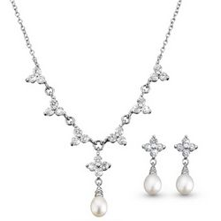 Grace Necklace and Earring Set with Freshwater Pearls