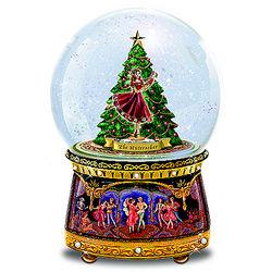 Clara and Nutcracker Musical Glitter Globe
