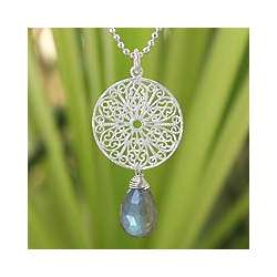 Filigree Daisy Labradorite Flower Necklace