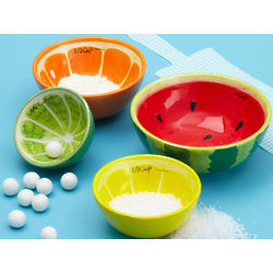 Fresh and Fruity Measuring Cups