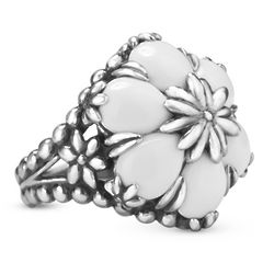 Gardenia White Agate Flower Ring