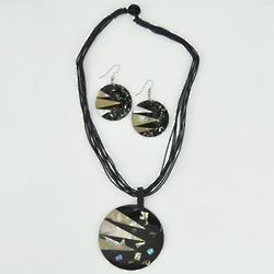 Mosaic Shell Necklace Set