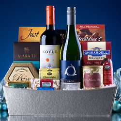 Holiday Wine and Apps Gift Basket