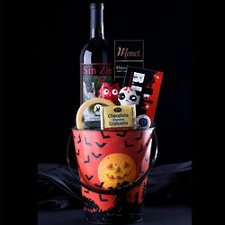 Just the Trick Wine Gift Bucket