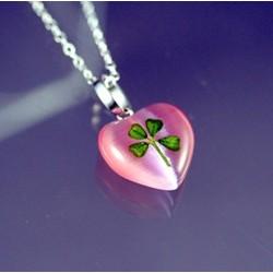 4-Leaf Clover Heart in Pink