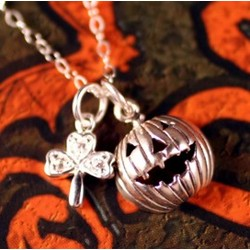 Celtic Jack-O-Lantern Necklace