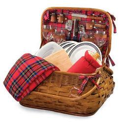 New England Patriots Highlander Rattan Picnic Basket