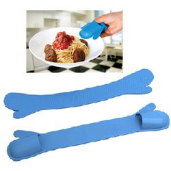 Cool Fingers Mini Oven Mitt