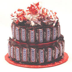 Special Candy Bar Cake