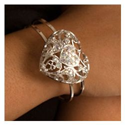 Rhinestone Heart Stylish Metallic Bracelet