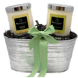 Classic Organic Candle Holiday Gift Basket