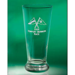 Personalized Golden Lager Glasses