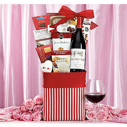 Vintners Path Valentine Pinot Noir Gift Basket