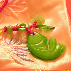 Chinese Feng Shui Hand Carved Prosperity Jade Luck Charm