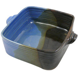 Handcrafted Stoneware Pottery 3-Quart Casserole Dish