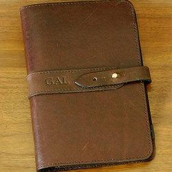9a37587d9476 Personalized Leather Portfolio - FindGift.com