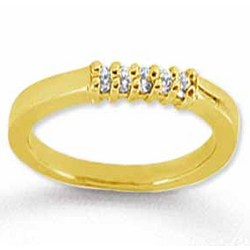 18k Yellow Gold 5 Stone Diamond Anniversary Band