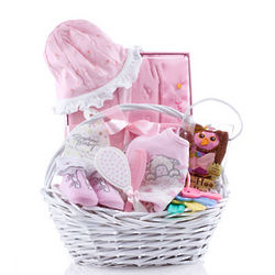 Baby Me Newborn Gift Basket