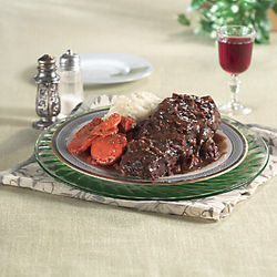 Eight 10 oz. Boneless Beef Short Ribs with Mushroom Sauce