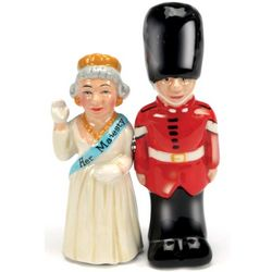 Queen and Guard Salt and Pepper Shakers