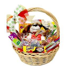 Kudos Medium Candy Gift Basket