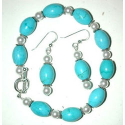 Turquoise and Swarovski Pearl Bracelet and Earring Set