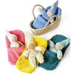 Dimple Doll with Basket and Fleece Blanket Set